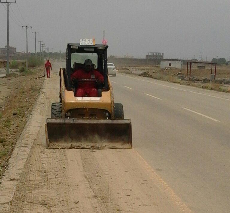 ادارة الطرق بجازان تواصل جهودها في الصيانة بعد الأمطار (13)