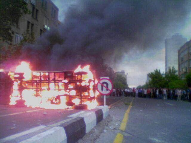 اذربيجان الايرانية تنتفض ضد الفرس2