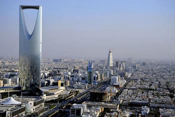 ارتفاع الحرارة بالمملكة الرياض السعودية