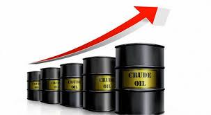 النفط يعزز مكاسبه ويرتفع لأعلى مستوى في 3 أعوام - المواطن