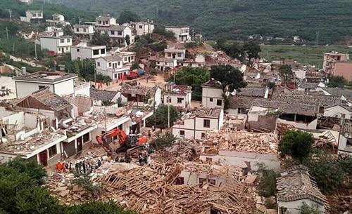ارتفاع حصيلة ضحايا زلزال الصين إلى أكثر من 380 قتيلا