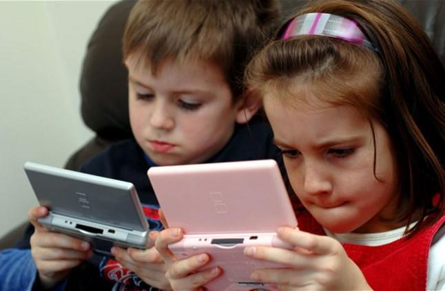استخدام الاطفال الاجهزة الرقمية