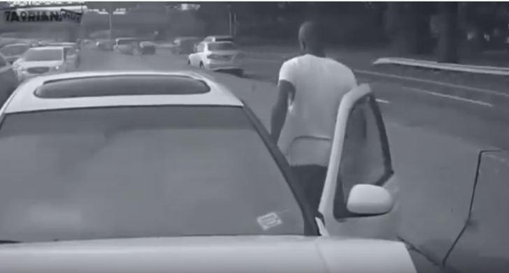 بالفيديو.. هذا ما سيحدث لك إذا استخدمت الجوال أثناء القيادة