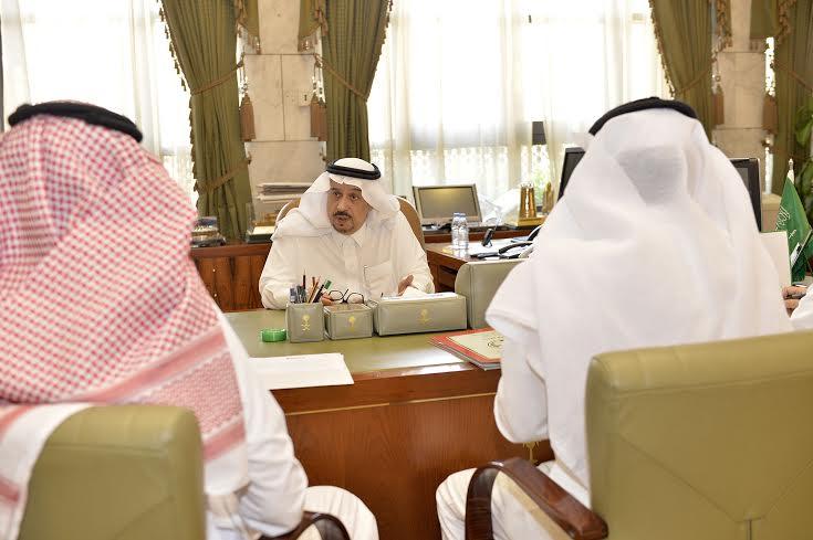 استقبال امير الرياض لمدير المطار 1