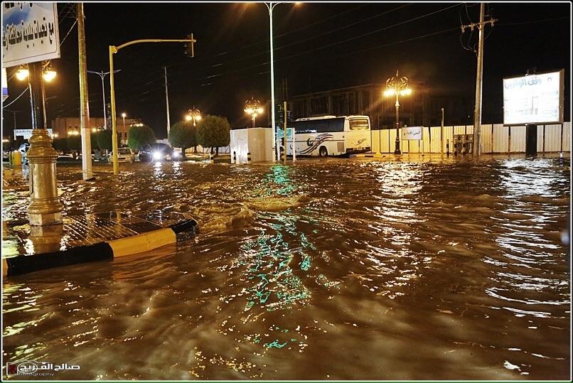 استنفار في رفحاء بسبب الأمطار (2)