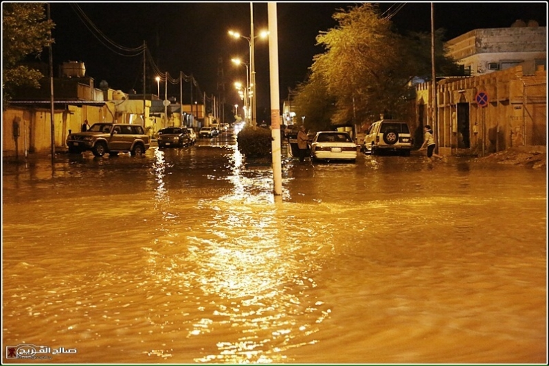 استنفار في رفحاء بسبب الأمطار (6)
