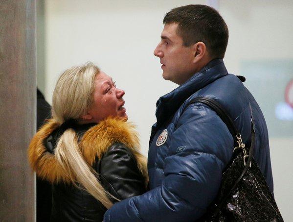 انهيار تام لأسر الضحايا الروس في طائرة سيناء - المواطن