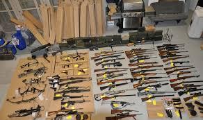 إحباط تهريب أسلحة وذخائر للحوثيين في شحنة عصائر - المواطن