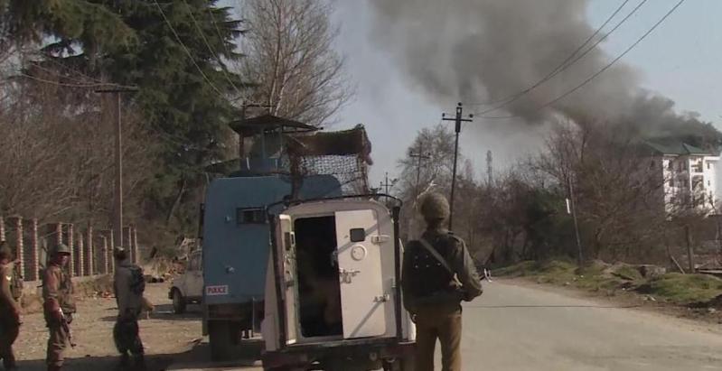 اشتباكات بين القوات الهندية ومتظاهرين بكشمير