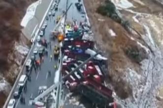 شاهد.. آثار اصطدام 56 سيارة على طريق سريع بالصين - المواطن