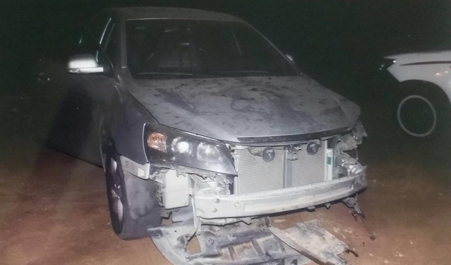 اطاحة اربعة اشخاص سرقوا سيارات بعنيزة (4)