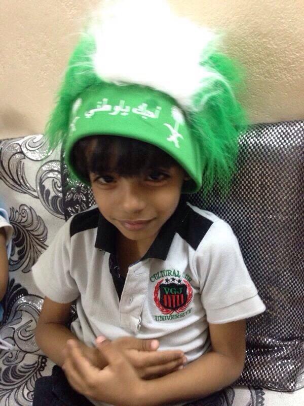 اطفال-يحتفلون-باليوم-الوطني (4)