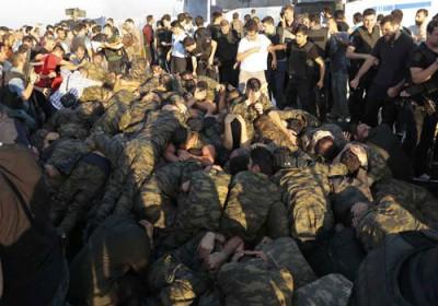 اعتقال قائد لواء الكوماندوز الـ11 في دنيزلي التركية انقلاب تركيا