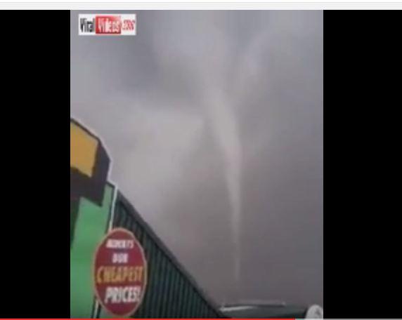 اعصار تورنيدو