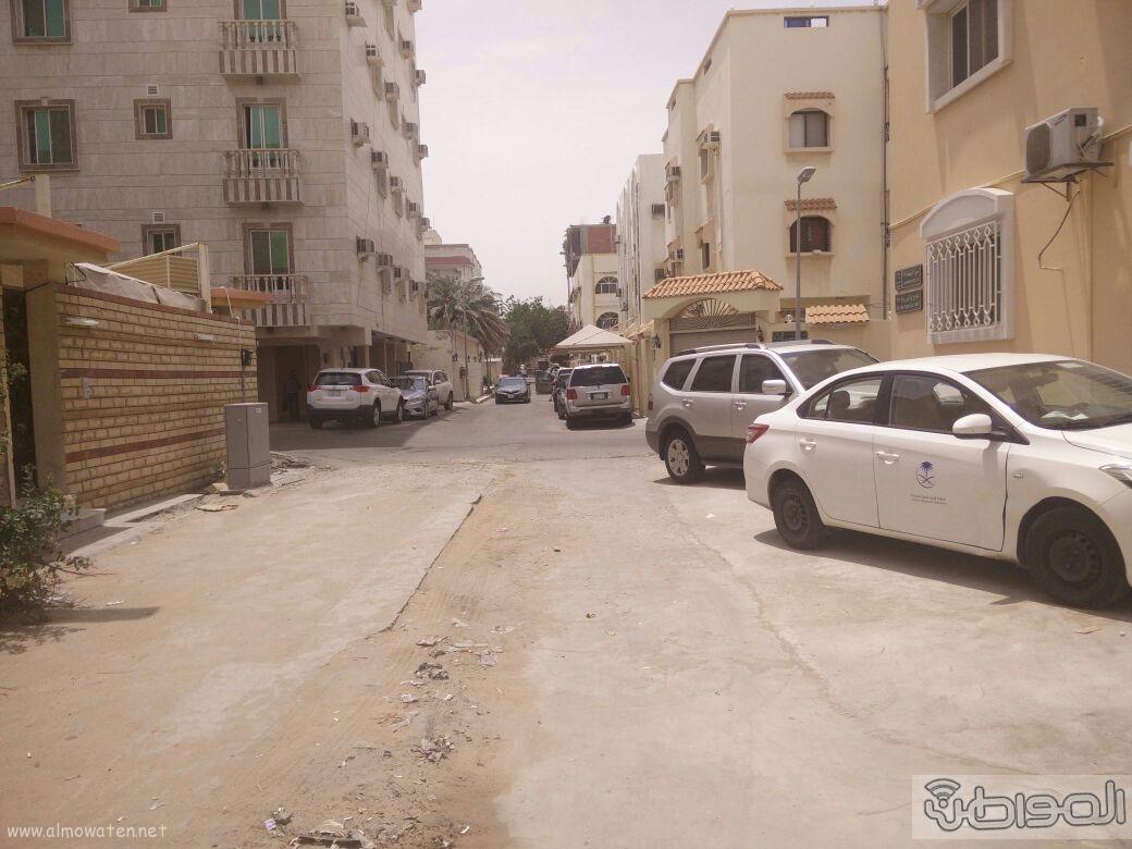 اغلاق شارعين بحي الروضة بجدة (10)