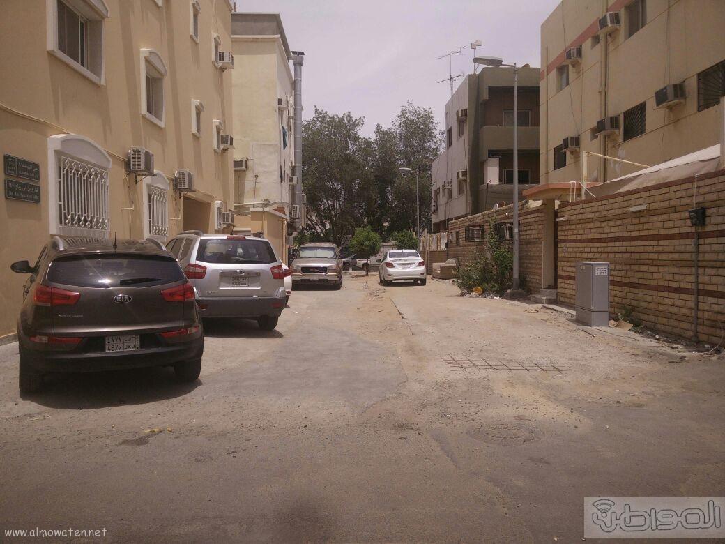 اغلاق شارعين بحي الروضة بجدة (16)