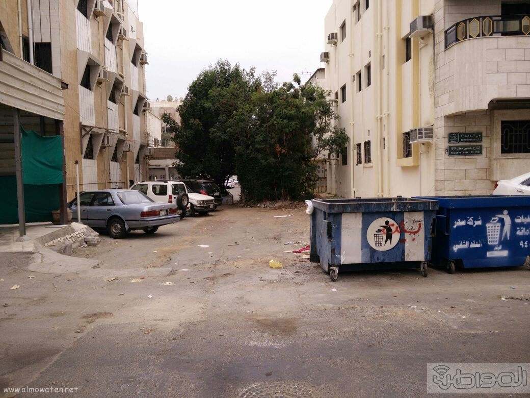 اغلاق شارعين بحي الروضة بجدة (8)