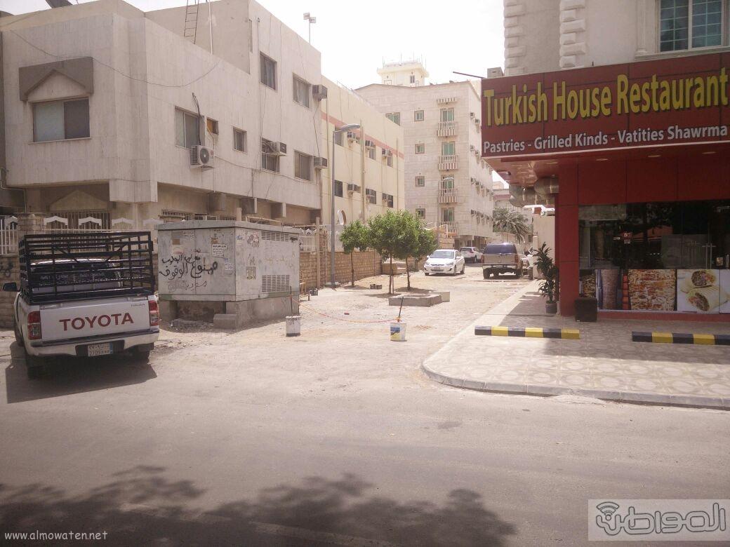 اغلاق شارعين بحي الروضة بجدة (9)