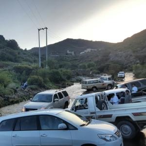 اغلاق طريق قرى بني مازن (31195649) 