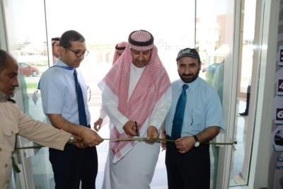 افتتاح التاجر الشاب بتقنية جدة بمشاركة القطاعين الخاص والعام