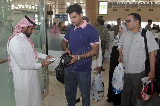 افتتاح صاله الجوزات بمطار الملك خالد (6)