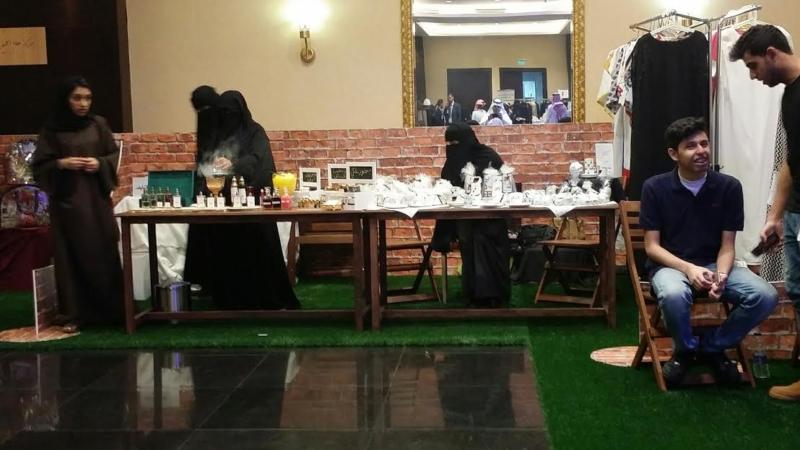 افتتاح معرض ليالي فيروز بالخبر 7