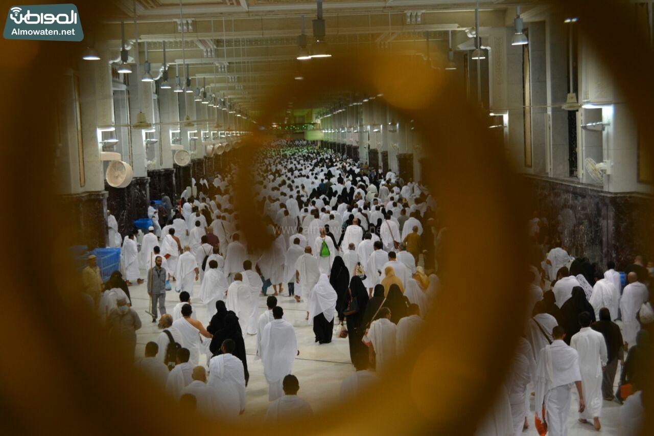 الأجواء الإيمانية بالحرم المكي في رمضان (12)