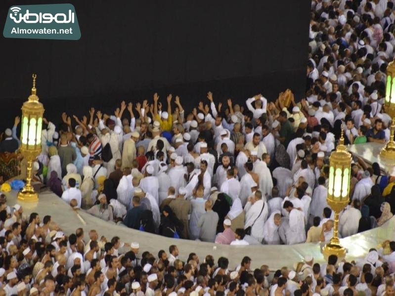 الأجواء الإيمانية بالحرم المكي في رمضان (2)