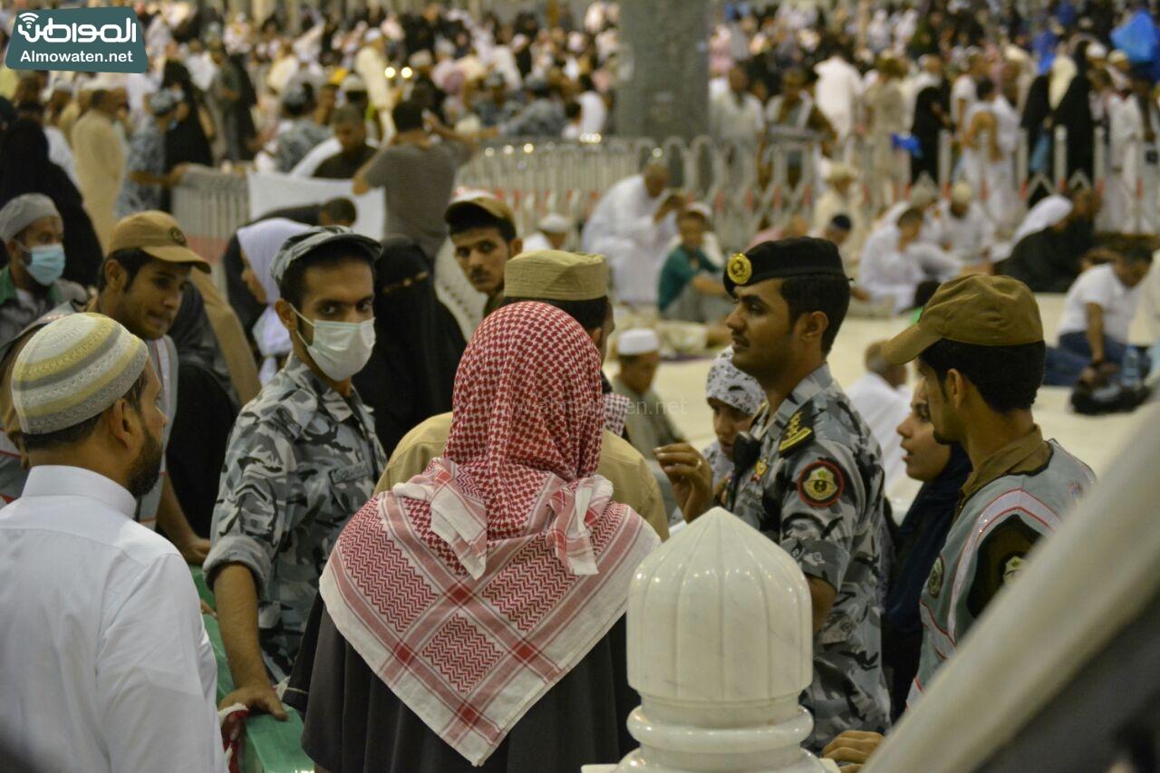 الأجواء الإيمانية بالحرم المكي في رمضان (8)