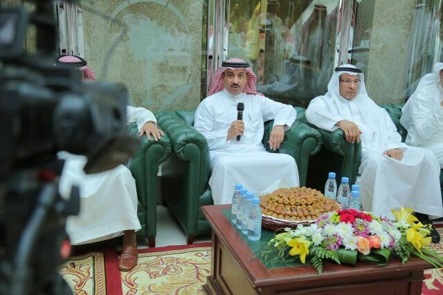 الأستاذ أحمد الحميدان يهنأ منسوبي الوزارة بالعيد