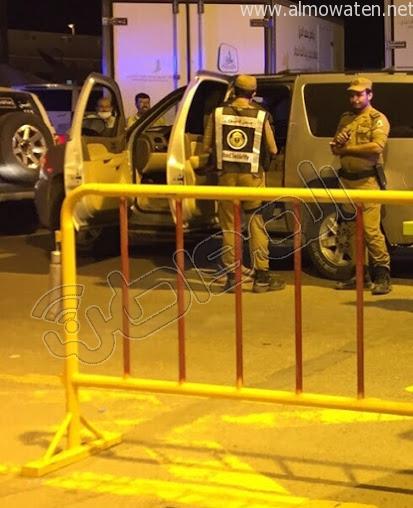 بالصورة.. الأمن يطيح بسائق سيارة فر من نقطة الشميسي - المواطن