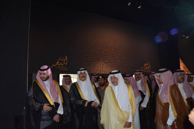 الأمير خالد الفيصل يفتتح معرض الفهد.. روح القيادة (11)
