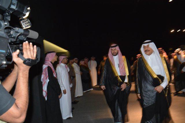 الأمير خالد الفيصل يفتتح معرض الفهد.. روح القيادة (22)