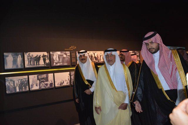 الأمير خالد الفيصل يفتتح معرض الفهد.. روح القيادة (8)