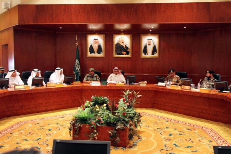 الأمير خالد الفيصل يوجه بوضع خطة لمناقشة آليات تفويج الحجاج