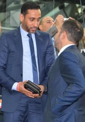 الأمير علي بن الحسين رئيس الاتحاد الأردني لكرة القدم والكابتن سامي الجابر