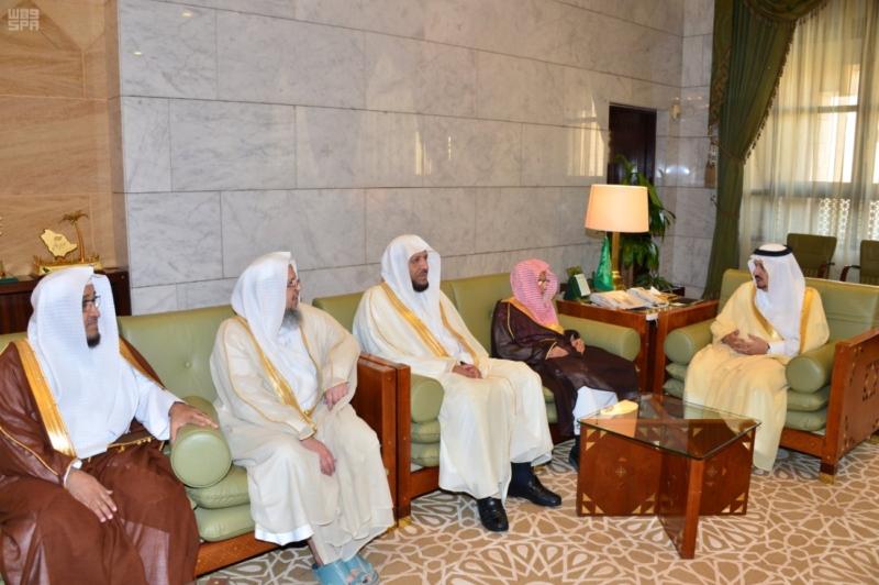 الأمير فيصل بن بندر يدشن الهوية الجديدة لجمعية تحفيظ القرآن الكريم بالرياض