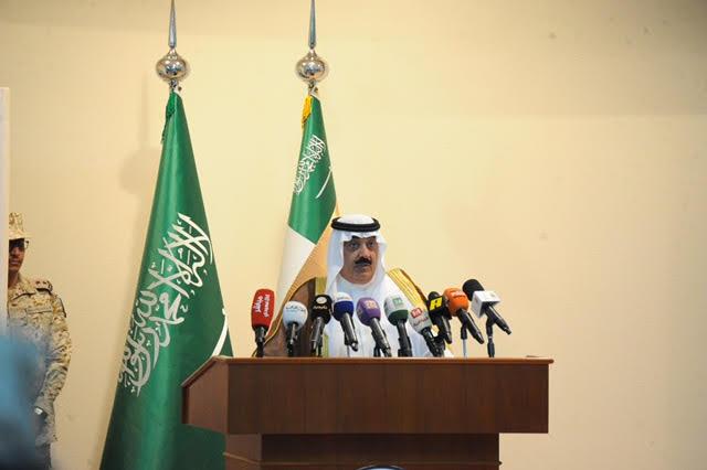 الأمير متعب بن عبدالله يدشن مجمع المنشآت الرياضية بخشم العان14