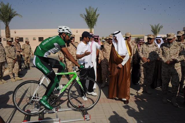 الأمير متعب بن عبدالله يدشن مجمع المنشآت الرياضية بخشم العان17