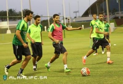 الأهلي يواصل تدريباته في الدوحة2