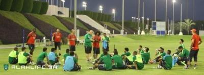 الأهلي يواصل تدريباته في الدوحة7