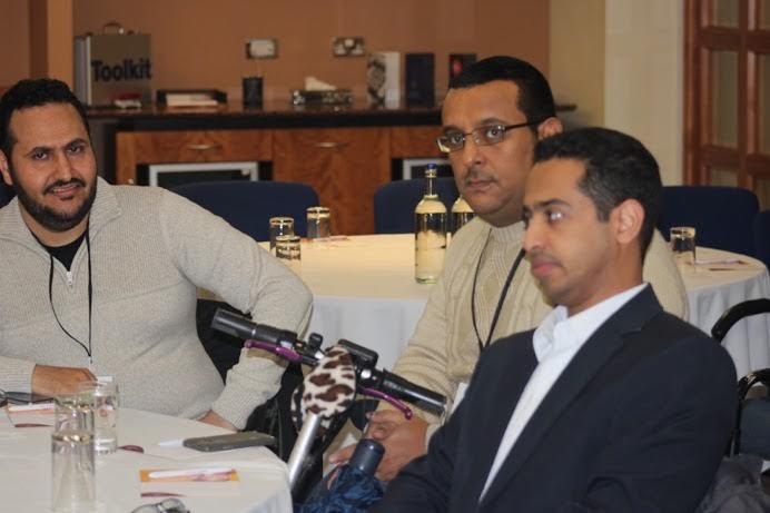 الإعلاميون السعوديون في بريطانيا يناقشون صحافة المواطن (1)