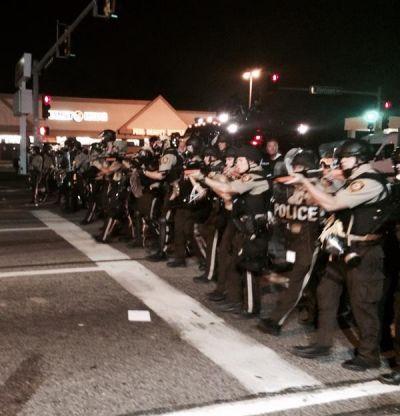 الاحتجاجات تجوب شوارع أمريكا تنديداً بعنف الشرطة (10)