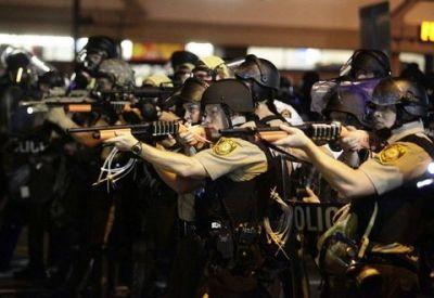 الاحتجاجات تجوب شوارع أمريكا تنديداً بعنف الشرطة (14)