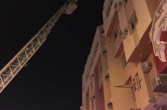 بالصور.. التماس بالمكيف يحتجز 13 ويخنق آخر في حريق بالأحساء - المواطن