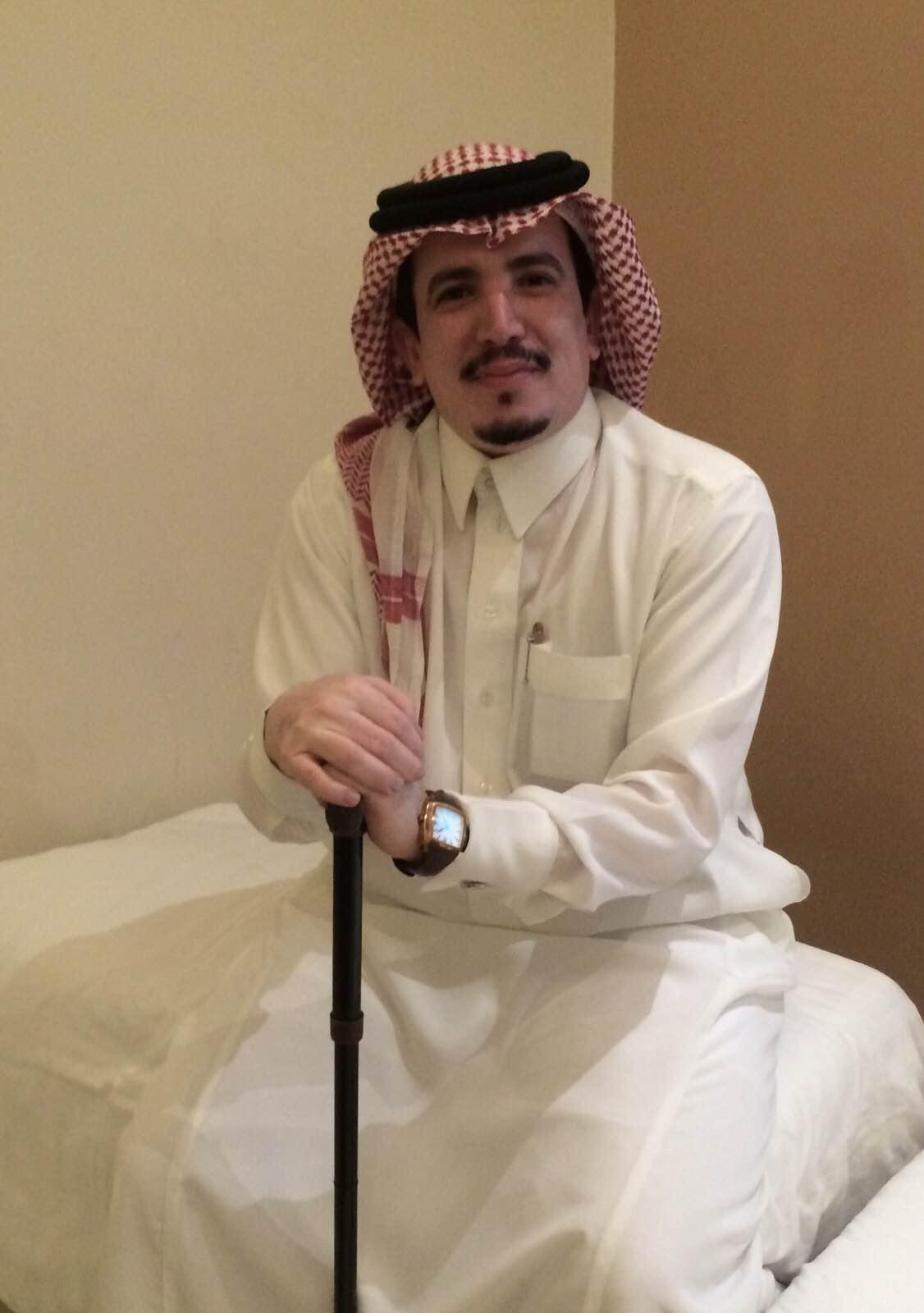 الأحمري بعد تبرّعه لشقيقته بكليته: سعادتي بتقدم وطني لا توصف - المواطن