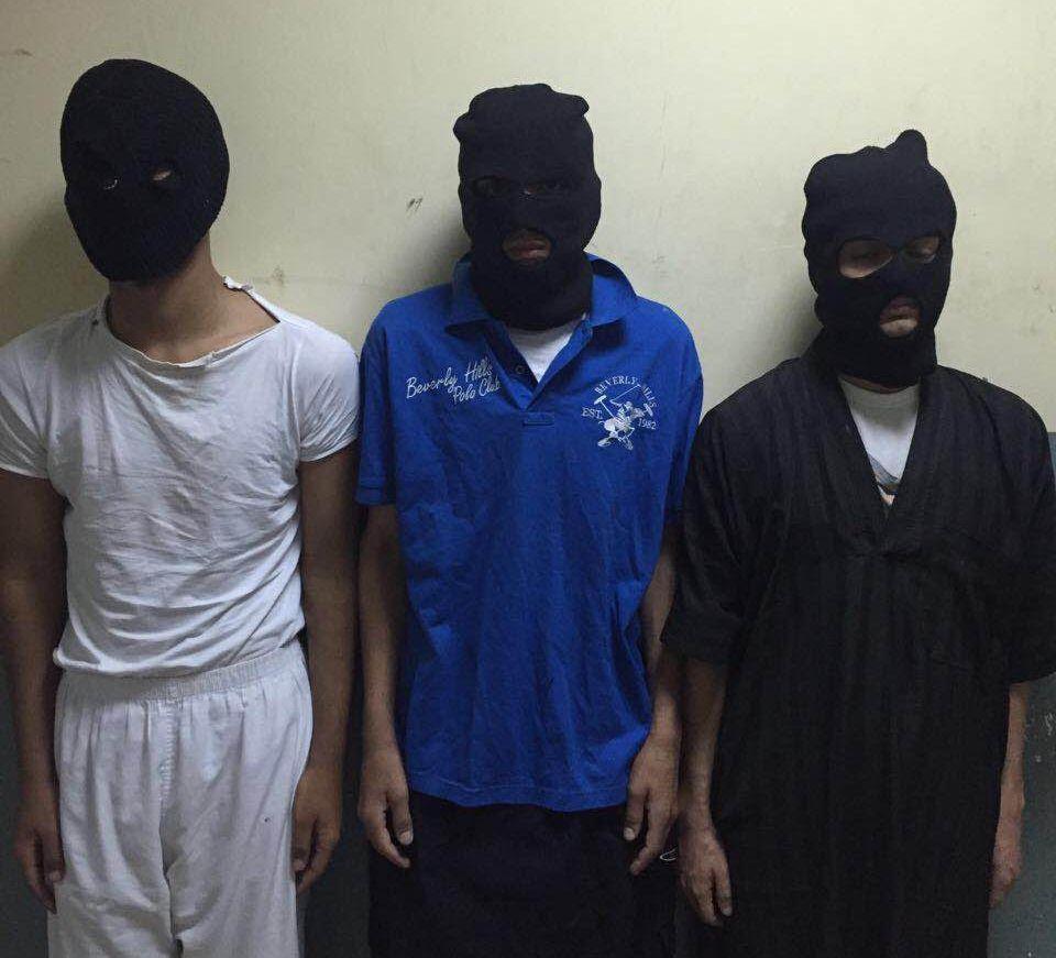 الاطاحة بعصابة السطو المسلح على محل حلويات في الرياض (3)
