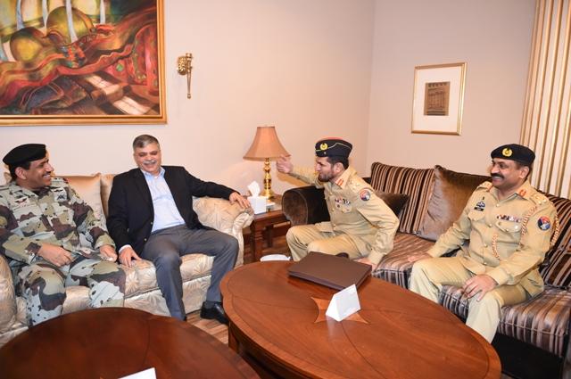 الامن-العام-يستضيف-وفد-باكستان (4)