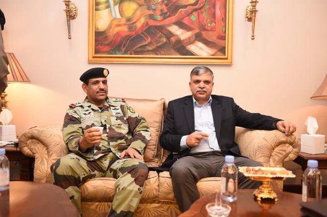 الامن-العام-يستضيف-وفد-باكستان (5)