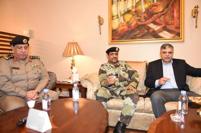 الامن-العام-يستضيف-وفد-باكستان (7)